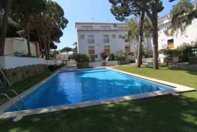 Townhouse close to the beach, only 30 minutes from Barcelona